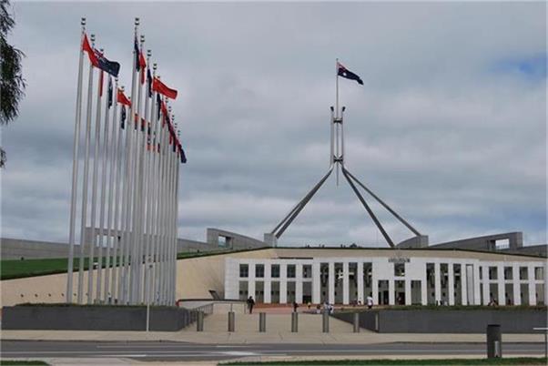 """亿万澳元暗逻辑:""""疫情之下的澳洲,最好赚的钱是政府的钱?"""""""
