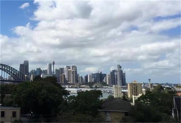 澳央行决定维持0.1%的利率不变  每周购买40亿澳元国债