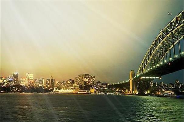 新州周一逐步开放   澳大利亚或于本月开放国际旅行