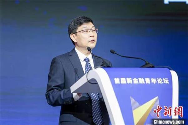 交通银行董事长任德奇:为建设高素质青年金融人才队伍贡献力量