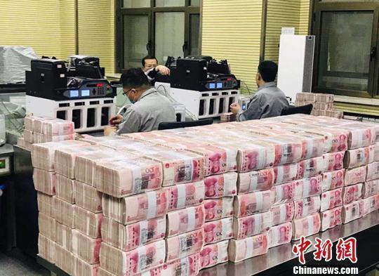 中国前三季度收入和消费榜公布,你是什么段位?
